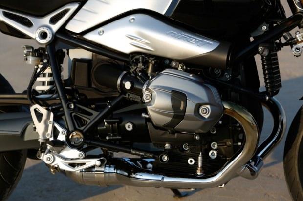 RnineT-engine