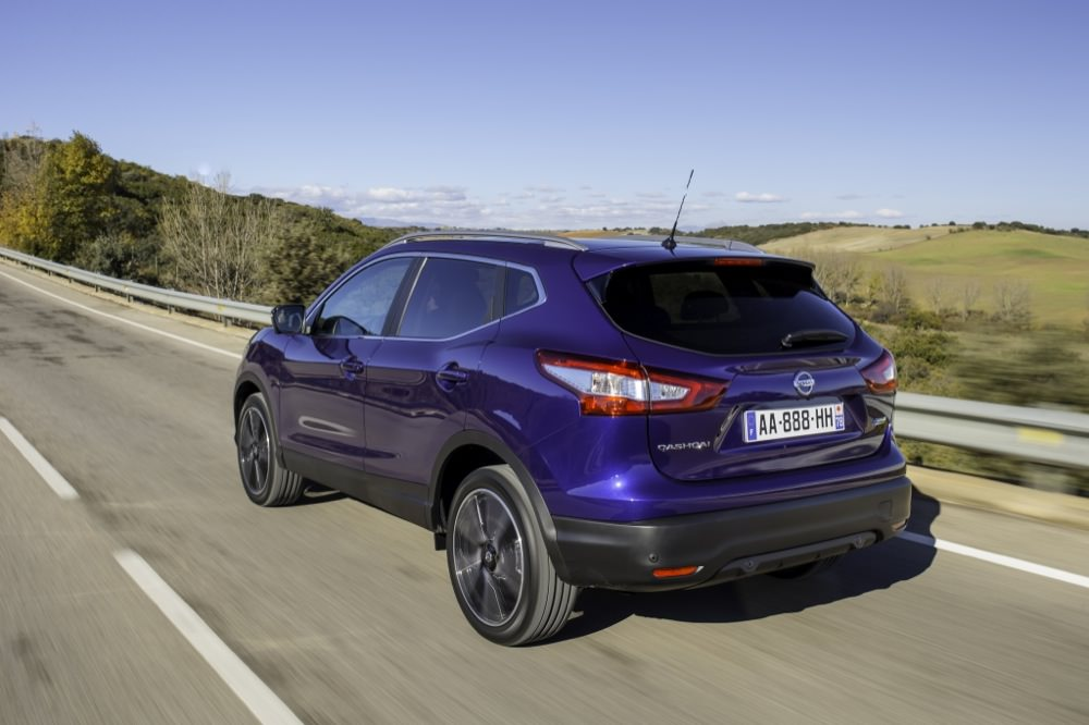 all new nissan qashqai launched50 to 70. Black Bedroom Furniture Sets. Home Design Ideas