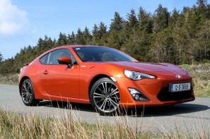 Toyota GT86 side