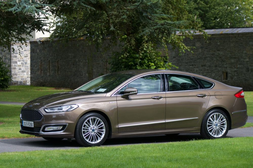 ford mondeo vignale front 50 to 70. Black Bedroom Furniture Sets. Home Design Ideas