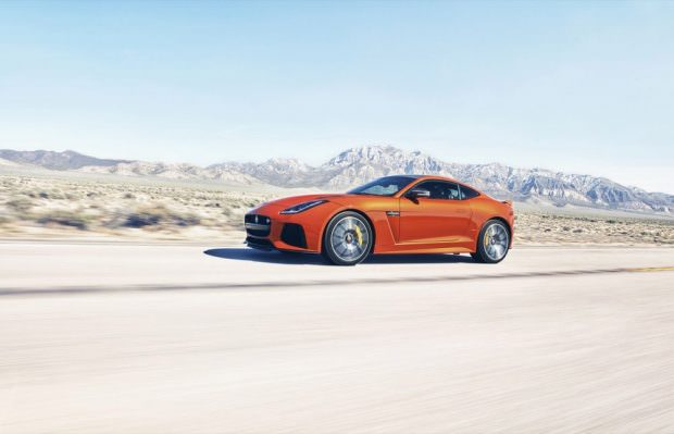 JAGUAR_F-TYPE_SVR_200MPH_HERO_1050-to-70