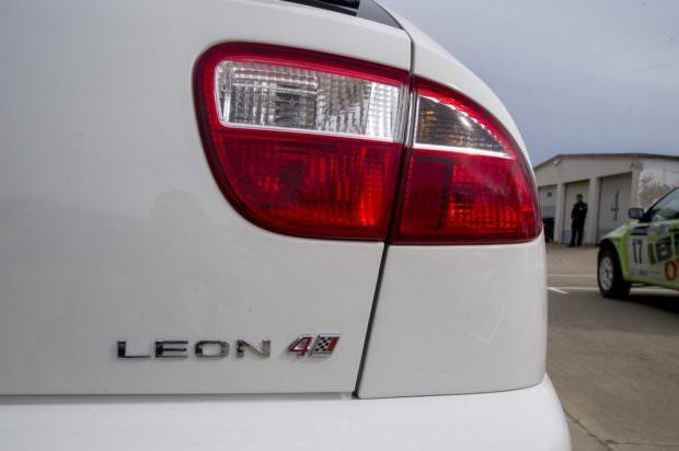 SEAT_Leon_Cupra_V6_3