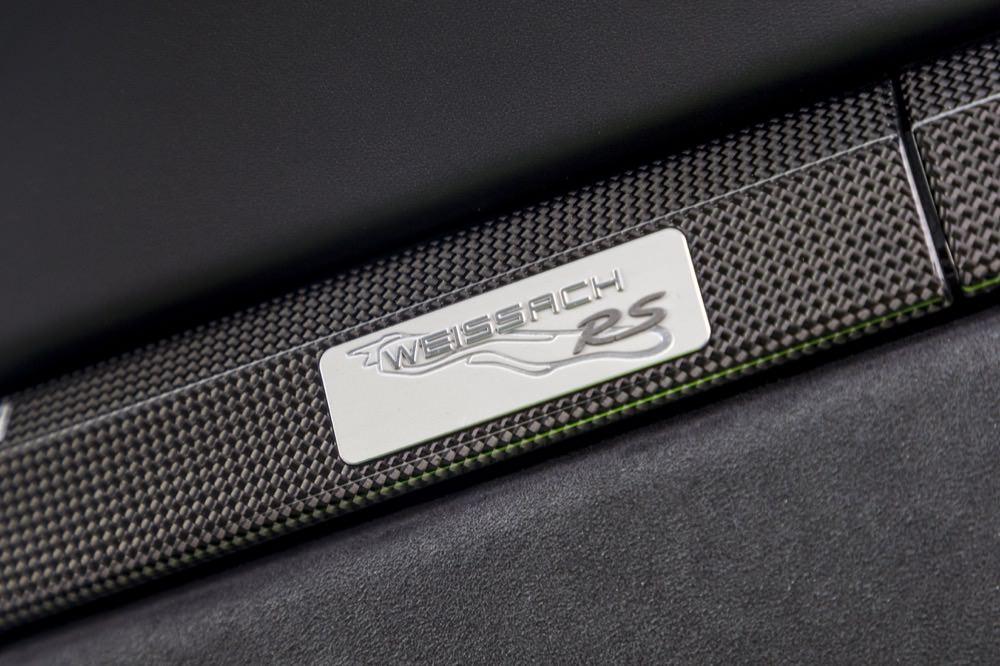 Porsche 911 GT3 RS Weissach Package badge