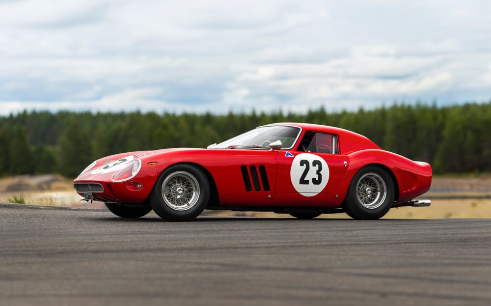 Ferrari 250 GTO side view