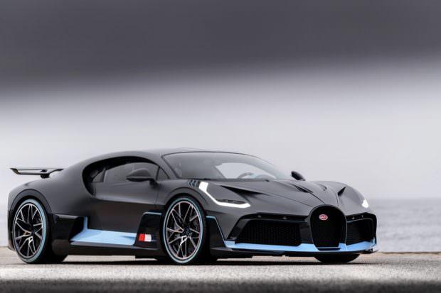 Bugatti Divo front side view