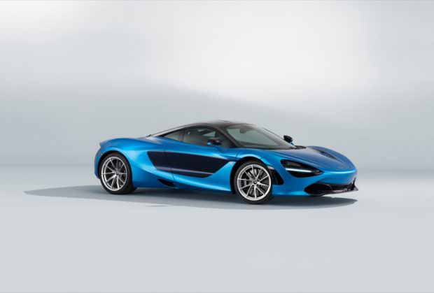 MSO McLaren 720S front quarter blue