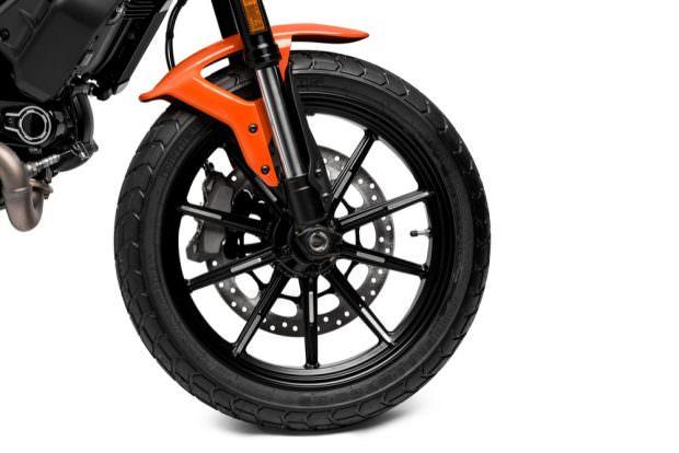 Ducati Scrambler Icon wheel