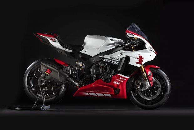 Yamaha YZF-R1 GYTR side