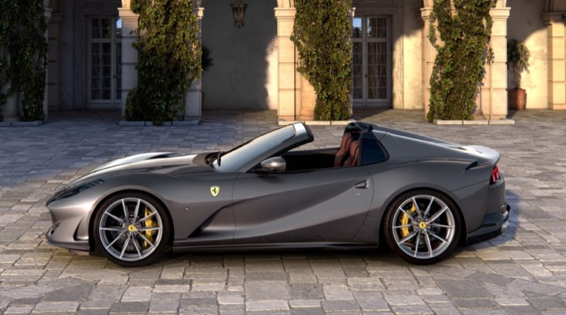 Two new Ferrari Spiders unveiled